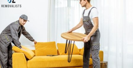 Hiring Movers vs Moving Yourself
